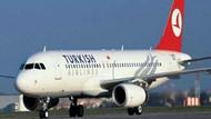 Uçak köpeğe çarptı, hava trafiği karıştı
