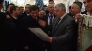 Azerbaycan'da Davutoğlu'na şiir