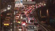 İstanbul'da korkunç trafik! Tüm yollar kilitlendi
