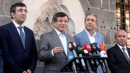 Davutoğlu Diyarbakır'da bayram namazı kıldı