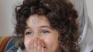 4 yaşındaki Fatma'nın gülen gözlerinin ardında koca bir dram var