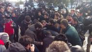 Sultanahmet'te protestocu gruba bıçaklı saldırı
