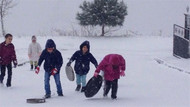İstanbul Valiliği'nden kar yağışı açıklaması: Okullar tatil değil