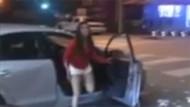 Korsan taksiciyle tartışan kadın ortalığı fena dağıttı
