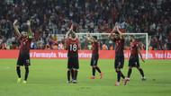 Türkiye İzlanda milli takım maçı kaçta hangi kanalda? İlk 11'ler...