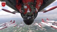 Türk Yıldızları'nın gökyüzü selfiesi