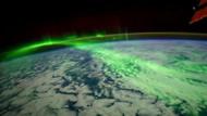 Kutup ışıklarının uzaydan görünümü