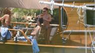 Sinem Kobal balayında! Teknede yaptığı hareket şaşırttı!