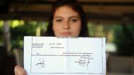 Lise öğrencisi Atatürk'ün Gençliğe Hitabesi'ni okuduğu için disiplinlik oldu