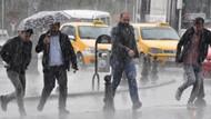 Son dakika! İstanbul güne yağmurla başladı, trafik felç oldu