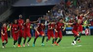 EURO 2016'da yarı finale yükselen ilk takım Portekiz oldu