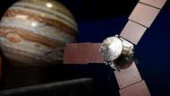 Juno Jüpiter'den ilk görüntüyü gönderdi!
