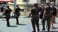 İstiklal Caddesi'nde kamuflajlı ve silahlı güvenlik güçleri