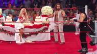 Amerikan Güreşleri'ndeki düğün kutlaması gelinin suratına pastanın geçmesiyle son buldu!