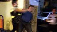 Parkta çocuğa tecavüze kalkıştı, linçten polis kurtardı!