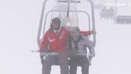 Kısmetse Olur'da Adnan ve Didem'in karlar üstünde aşkı!