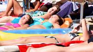 Bodrum'da yaz bitmedi! Turistlerin plaj keyfi