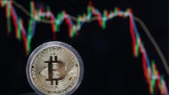 Dünyada yeni çılgınlık: Bitcoin 10 bin doları gördü