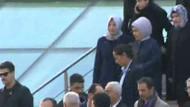 Hayrünnisa Gül ve Emine Erdoğan'ın ayaküstü sohbeti