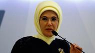 Emine Erdoğan: Önümüzdeki en büyük tehlike makamların sarhoşluğuna kapılmaktır