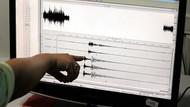 Son dakika: İzmir'de 4.8'lik deprem fena korkuttu