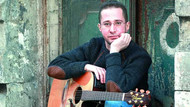 Şarkıcı Alp Bora ölü bulundu