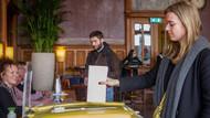 Son dakika... Hollanda'daki seçimden ilk sonuçlar gelmeye başladı