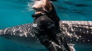 Meksikalı güzel kendini suyun derinliklerinde özgür hissediyor...