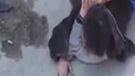 Kız öğrencileri taciz eden kişiye vatandaş dayağı