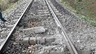 Son Dakika... Bingöl'de tren geçişi sırasında patlama