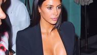 Kim Kardashian dantelli sütyeniyle yine çok cesur