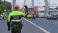 İstanbul'da rüşvet aldığı iddia edilen trafik polislerine operasyon; 97 gözaltı