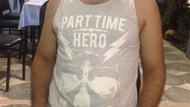 Part Time Hero tişörtü giyen kişi gözaltına alındı