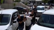 Şanlıurfa'da Atatürk heykeline saldıran meczup tutuklandı