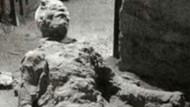 Pompeii'de Mastürbasyon yaparken taşlaşan adam