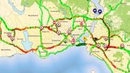Okullar açıldı harita kıpkırmızı: işte İstanbul trafiğinde son durum
