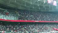 Beşiktaşlı ve Rizesporlu taraftarlardan el ele İzmir Marşı
