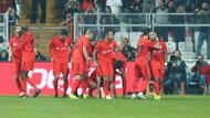 İki kırmızı kart çıkan maçta Beşiktaş Çaykur Rizespor'u farklı geçti