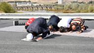 Sivaslılar yeni köprüyü kurban kesip namaz kılarak kutladı