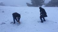 İzmirlilere kar sürprizi! Karşıyaka beyaza büründü