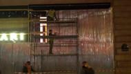 Paris'te dükkanlar metal ve tahta plakalarla kapatıldı