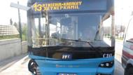 Üsküdar'da otobüs durağa daldı: Ölü ve yaralılar var