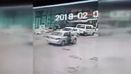 Arabayla takip ettiği kadını taciz edip yerde sürükledi!