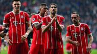 Bayernli futbolcular Beşiktaş tribünlerini alkışladı