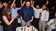 Onur Büyüktopçu yeni yaşını dostlarıyla kutladı
