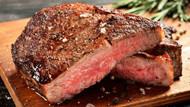 Kırmızı et sevenlere kötü haber: Kanser riskini artırıyor