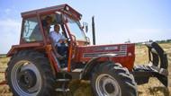 Muharrem İnce traktör sürdü, saman balyası yaptı