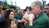 Erdoğan Zeytinburnu Sahili'nde iftarı bekleyen aileleri ziyaret etti