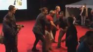 Muharrem İnce'nin koruması vatandaşı sahneden attı