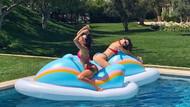 Bikini modası Kourtney Kardashian'ı takip ediyor!